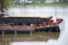 被堆积的驳船 免版税图库摄影