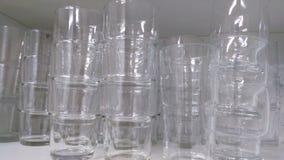 被堆积的水杯 免版税库存照片