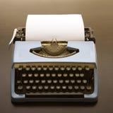 被塑造的老打字机 库存照片
