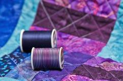 被子和缝制的螺纹 库存图片