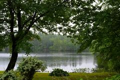 被安定的湖 免版税库存照片