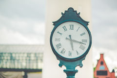 被安置的时钟的图片户外 免版税图库摄影