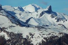 被完成的anzere有季节滑雪 免版税库存图片