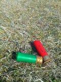 被射击的枪壳 免版税库存图片