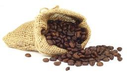 被射击的豆接近的咖啡 免版税图库摄影