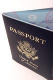 被开张的护照 库存照片