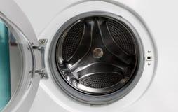 被开张的洗衣机 免版税库存图片