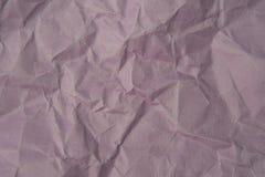 被弄皱的浅紫色的纸纹理 免版税库存图片