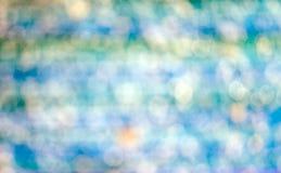 被弄脏的光亮的五颜六色的喷泉背景 库存照片