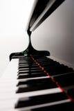 被弄脏的关键字钢琴 库存照片