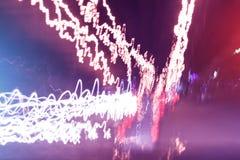 被弄脏的城市在晚上,抽象背景点燃 免版税库存照片