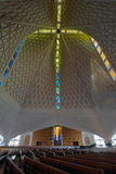 被弄脏的大教堂交叉玻璃玛丽s st 库存照片