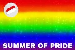 被弄脏的彩虹背景与夏天自豪感文本 抽象梯度网墙纸 LGBT运动概念 夏天事件  免版税库存图片