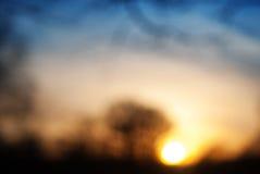 被弄脏的抽象五颜六色的自然日落背景 库存照片