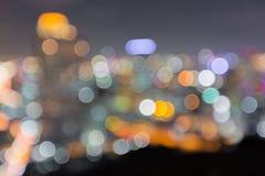 被弄脏的抽象背景点燃有美好的都市风景视图 免版税库存图片