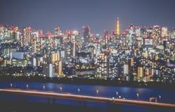 被弄脏的抽象背景点燃都市风景视图 免版税图库摄影
