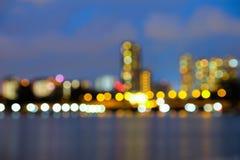 被弄脏的抽象背景点燃,美好的都市风景视图 免版税库存图片