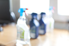 被弄脏的浪花瓶杀菌剂家庭擦净剂 免版税库存照片