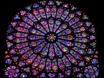 被弄脏的罗斯- Notre Dame -巴黎,法国圆花窗  库存图片
