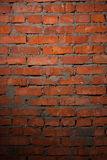 被弄脏的老黑褐色和红砖墙壁背景,石制品技术脏的生锈的块被风化的纹理,五颜六色 免版税库存照片