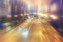 被弄脏的背景交通在夜 库存照片