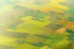 被弄脏的背景鸟瞰图与美好的领域的在Bavar 库存图片