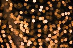 被弄脏的金黄诗歌选 城市夜光迷离bokeh, defocused背景 许多抽象圣诞节的图象我的投资组合 库存例证