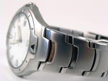 被弄脏的银色手表 免版税库存照片