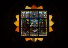 被弄脏的玻璃宗教 诞生的教会,伯利恒,以色列 库存照片