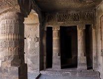 被忘记的地下寺庙 图库摄影