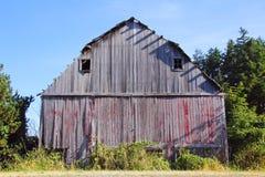 被忽略的和被放弃的谷仓 免版税库存图片