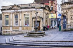 被恢复的市场十字架在Frome中心 图库摄影