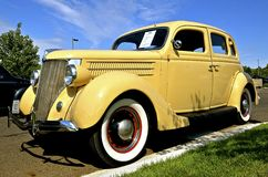 1936被恢复的福特汽车 库存图片
