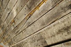 被恢复的老木小船 库存图片