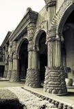 被成拱形的城市走廊失去的宫殿 免版税库存图片