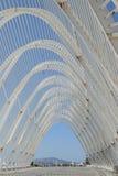 被成拱形的屋顶结构走道 库存照片