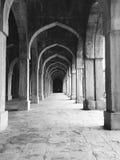 被成拱形的走廊 免版税库存图片