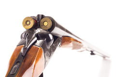 被打开的双管的狩猎枪 免版税库存图片