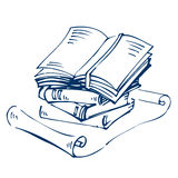 被打开的和闭合的书籍和纸卷在白色 免版税库存照片
