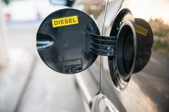被打开的汽车汽油箱 免版税图库摄影