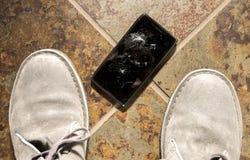 被打碎的智能手机 库存照片