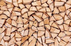 被打碎的树干木背景  免版税库存图片