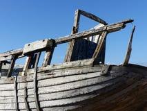 被打击的小船 免版税图库摄影