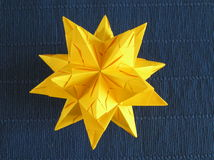 被折叠的纸星形 免版税库存图片