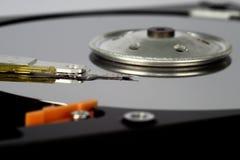 被拆卸的硬盘,特写镜头 免版税图库摄影