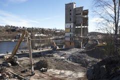 被拆毁的一老产业站点beeing 库存图片