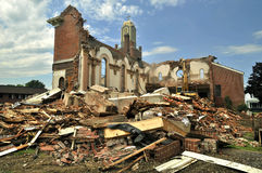被拆毁的教会 免版税库存图片