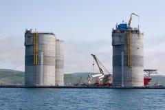 被拖曳的石油钻井平台的基础 免版税图库摄影