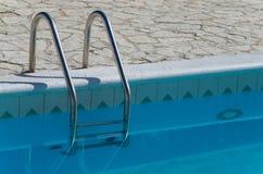 被排泄的游泳池入口 免版税图库摄影
