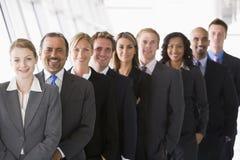 被排行的办公室工作人员  免版税库存图片